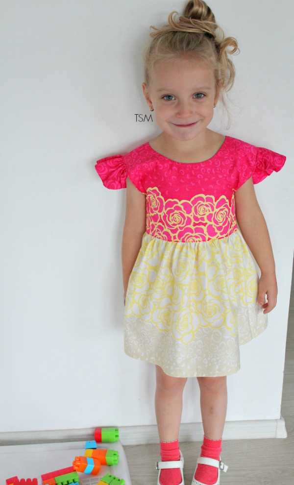 70cc76b3984 Выкройка платья для девочки  материалы и приготовления