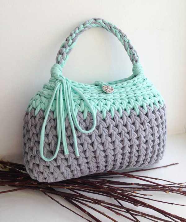 4eeb5c81a71b Если вы имеете хотя бы небольшой опыт вязания, то обязательно должны связать  сумку! Сумочек много не бывает! А вязаная сумочка — это несомненный хит  этого ...