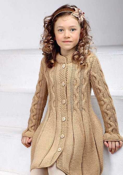 вязание крючком пальто для девочки